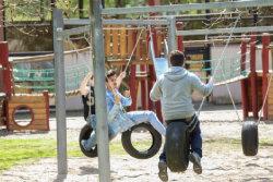 Jugendliche auf dem Hohberghaus-Gelände.; Quelle: Badischer Landesverein für Innere Mission